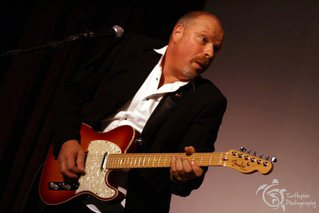 Chas Burnett guitar vocals costa del sol marbella