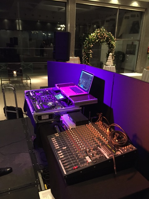 DJ_Hire_La_Cabane_10