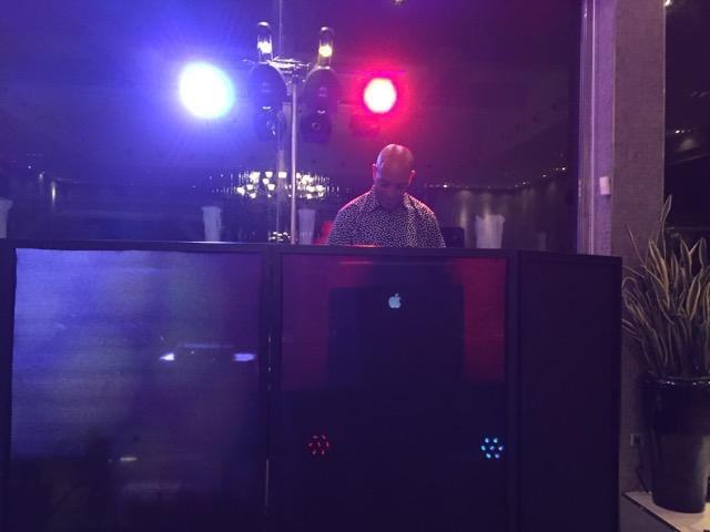 DJ_Hire_La_Cabane_8