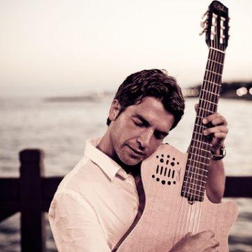 Jesús Gómez Guitarist